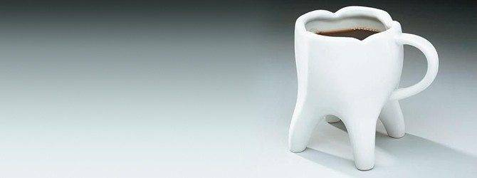How can a black cup of coffee reduce tooth decay?
