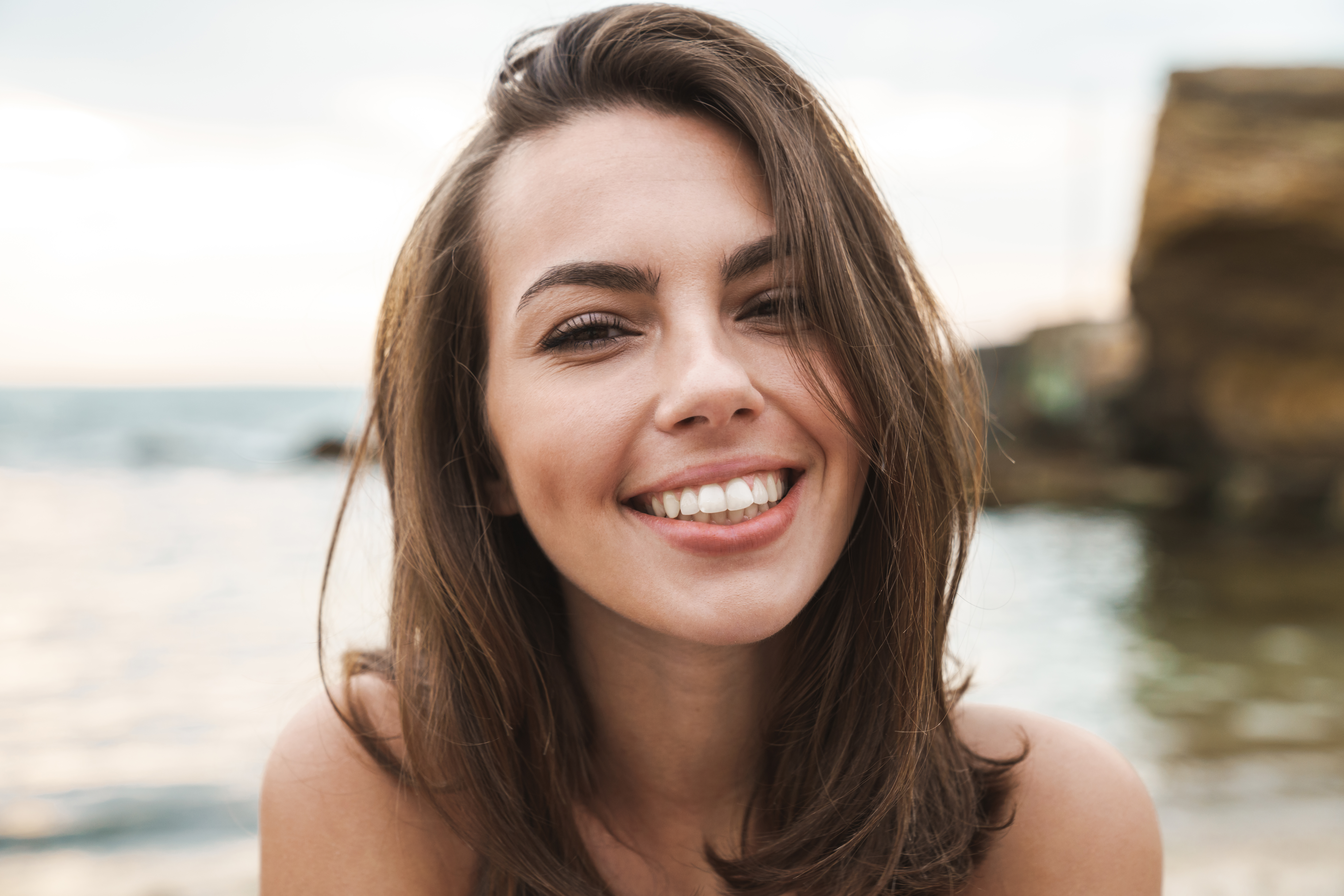 How to straighten your smile without braces
